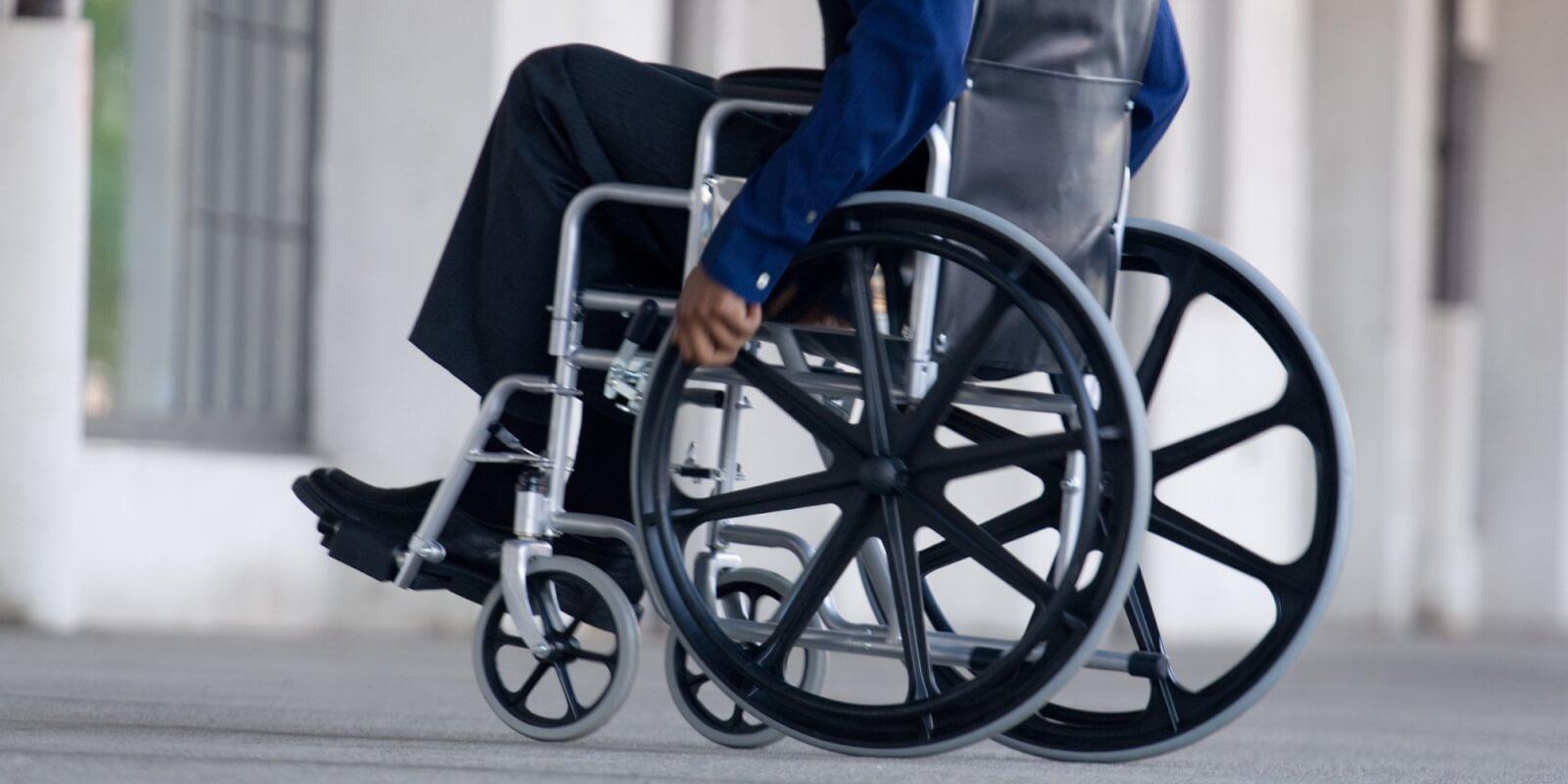 Льготная пенсия по уходу за  ребёнком-инвалидом: оформление и правила
