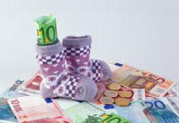 Как рассчитывается пособие по беременности и родам при уходе беременной женщины в декретный отпуск