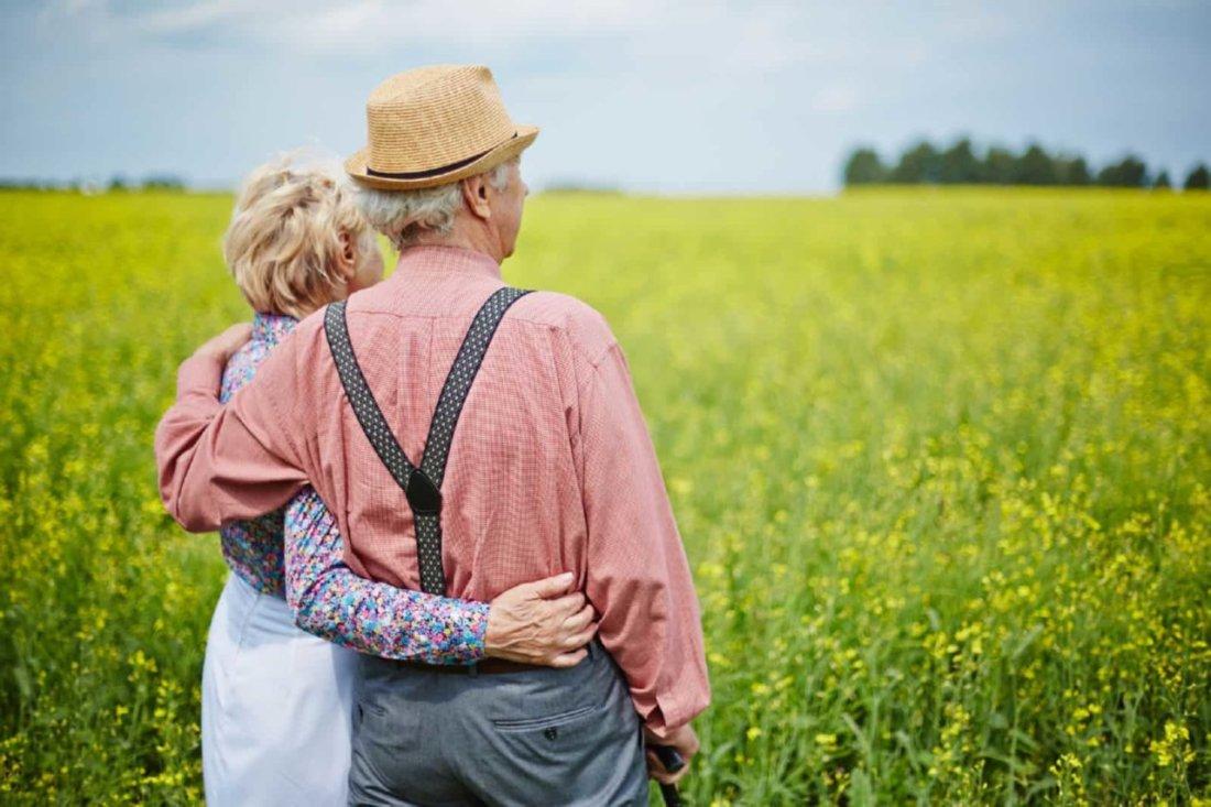 Платят или нет пенсионеры земельный налог