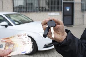 права на купленный автомобиль