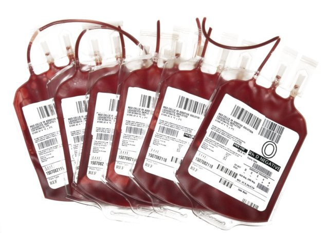 В каком порядке сдают и сколько платят донорам крови