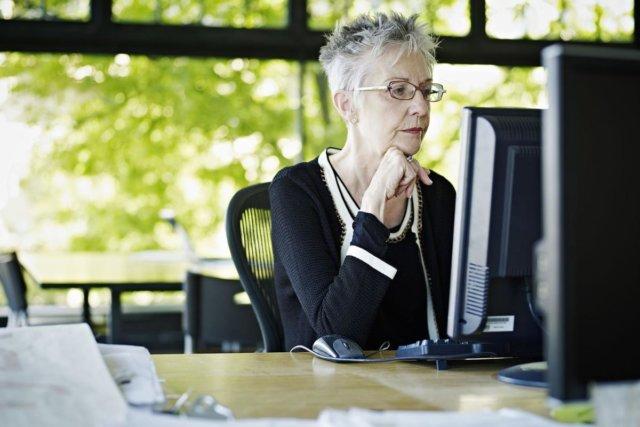 Дополнительный отпуск работающим пенсионерам, его особенности