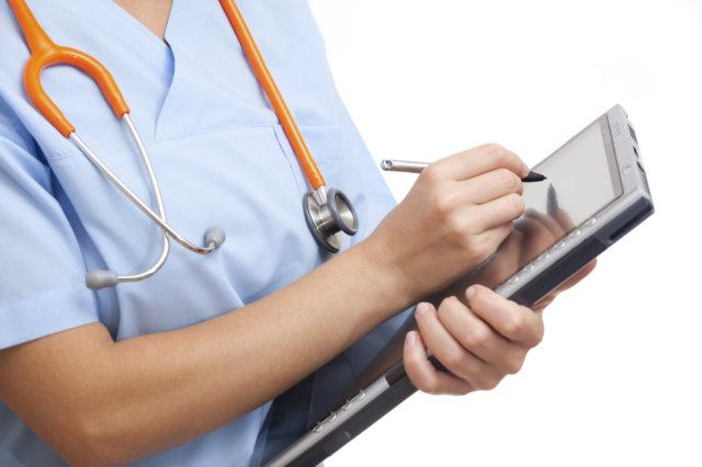 Возмещение НДФЛ при медицинских услугах, когда и как оформлять?