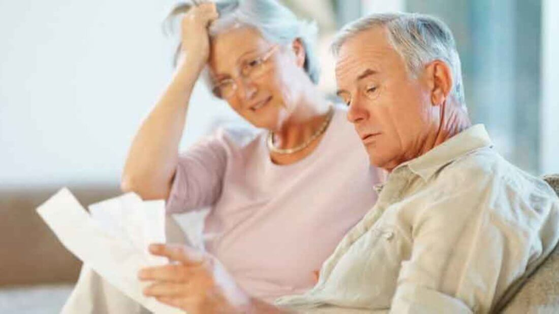 Нужно ли пенсионеру платить налог на квартиру