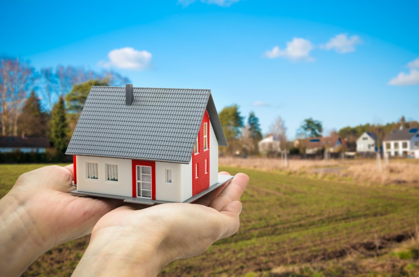 Как построить дом на материнский капитал — правила обращения, куда тратят деньги?