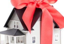 Дарение недвижимости между родственниками: облагается ли налогом, ответственность за неуплату и прочие нюансы