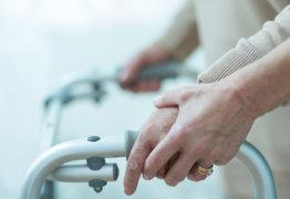 Положены ли выплаты за опекунство над инвалидом 2 группы, и как их оформить?
